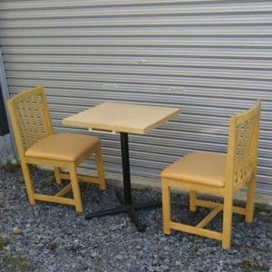 木製 イス 2脚 テーブル 1台 セット 店舗用品