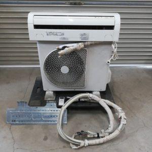 東芝 ルームエアコン 6畳用 RAS-221PV(W)