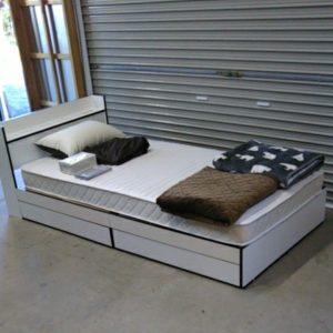 美品 収納付きシングルベッドフレーム マットレス セット