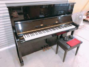 YAMAHAのアップライトピアノ MX90RBI