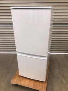 シャープ 冷凍冷蔵庫 137L SJ-D14A-W 買取いたします  茨城 出張リサイクルショップ24時 常陸太田
