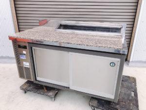 水戸にてホシザキの台下冷蔵庫のコールドテーブル RT-150SDC-Sの天板大理石風を出張買取いたしました